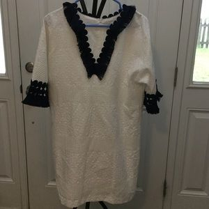White Dress with Navy Frill vintage